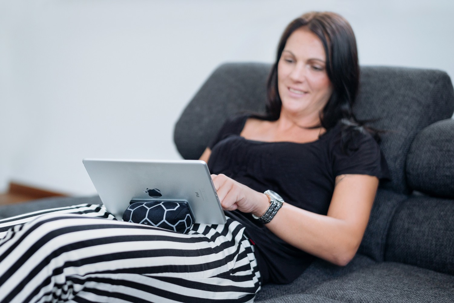 ipadcouch_amazon